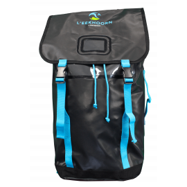 LARGE CAPACITY BACKPACK FOR THE TEAM MEMBER TO TRANSPORT THE SPIKES
